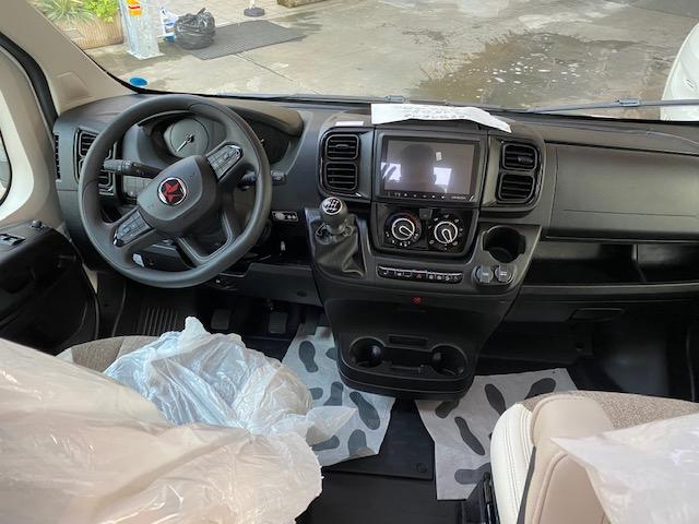 AUTOSTAR COMPACT 690 2200 140CV