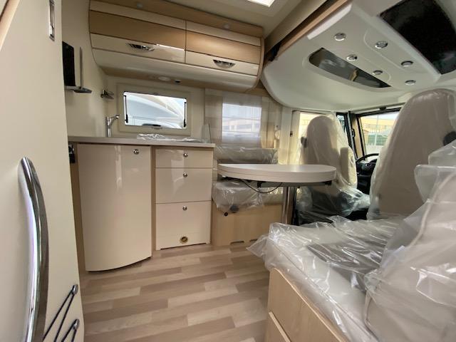 AUTOSTAR PRIVILEGE I 730LC LIFT 2200 140CV